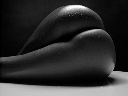 черно-белое фото попы
