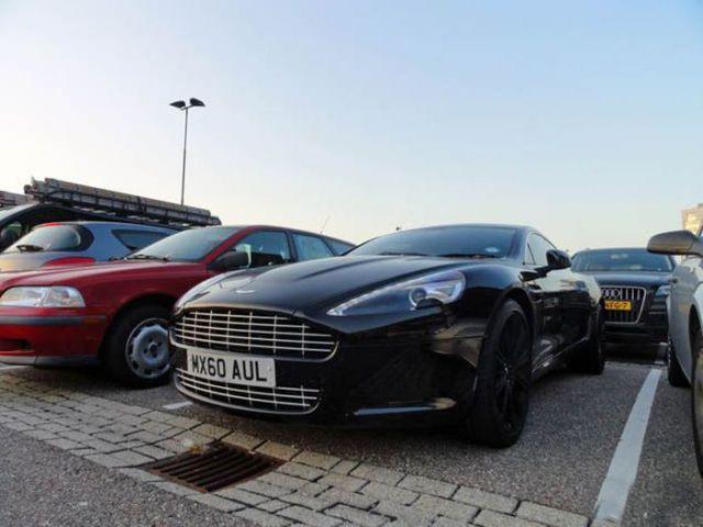 Dirk Kuyt - Aston Martin Rapide