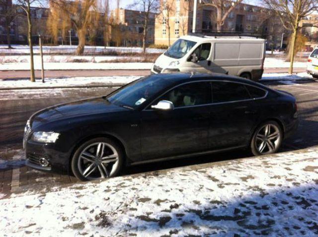 Robin van Persie - Audi S5 Sportback